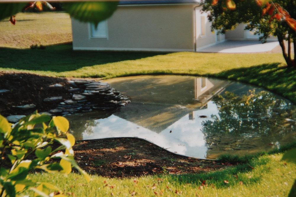 cascade pour bassin exterieur cascade bassins en dbordement plein duides de ralisations. Black Bedroom Furniture Sets. Home Design Ideas
