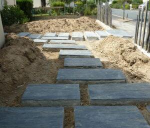 Pose grandes dalles indépendantes sur béton