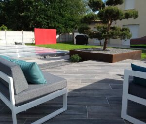 Terrasse moderne écouflant